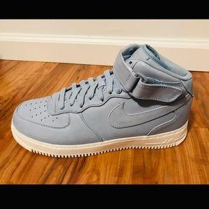 Nike Air Force 1 | Mens 11.5